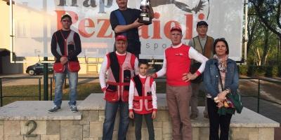Secondo trofeo Trap Pezzaioli svoltosi a Lonato il 10.04.16, vinto dal tiratore Alberti Gesue, segue al secondo posto il tiratore della Trap Pezzaioli Zaccaria Antonio, infine il terzo classificato Bresciani Giuseppe.